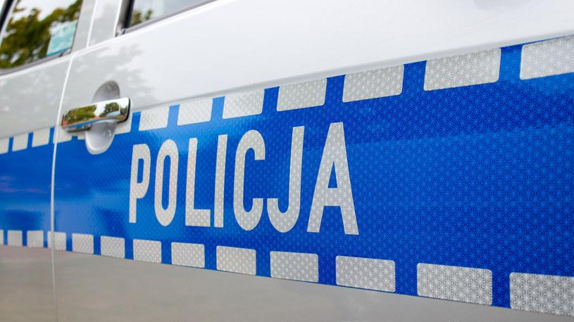 Policjanci zatrzymali dwie osoby na warszawskiej Woli /123RF/PICSEL