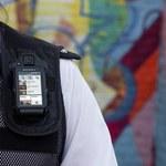 Policjant podłączony do sieci