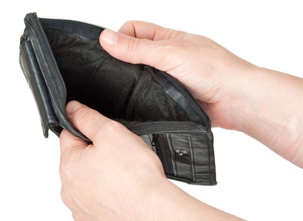 Policjant przywłaszczył sobie znalezione pieniądze/ Zdjęcie ilustracyjne /123RF/PICSEL