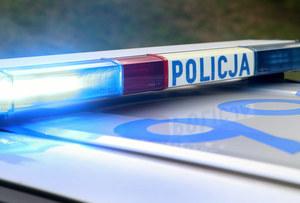 Policjant stracił broń podczas akcji. Została w aucie podejrzanego