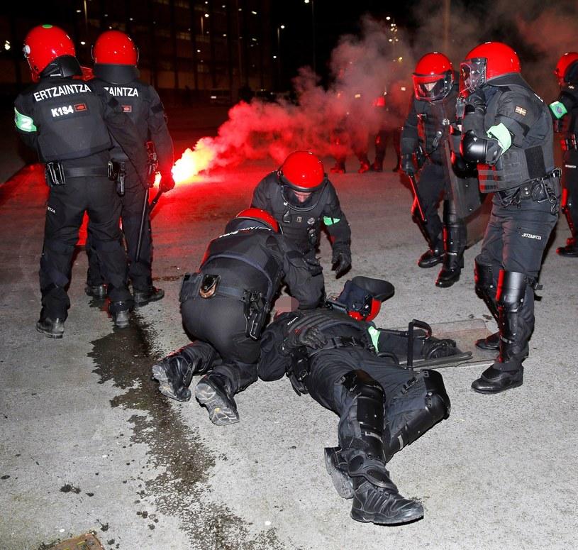 Policjant zginął przed meczem w Bilbao /PAP/EPA