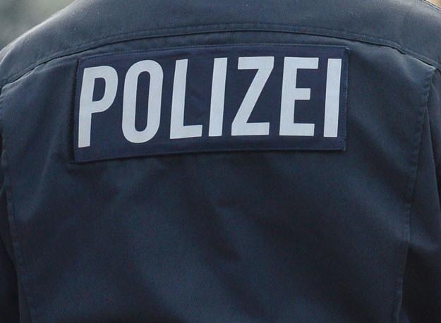 Policjantowi grozi kara do pięciu lat pozbawienia wolności (zdjęcie ilustracyjne) fot. Julian Stratenschulte /AFP