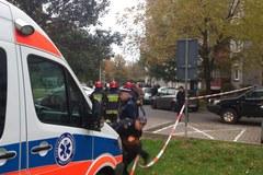 Policyjna akcja na Gocławiu. Desperat strzelił do funkcjonariusza
