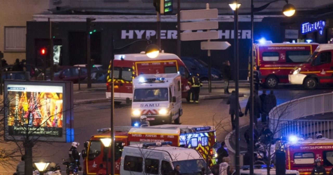 Policyjny szturm na sklep w Paryżu