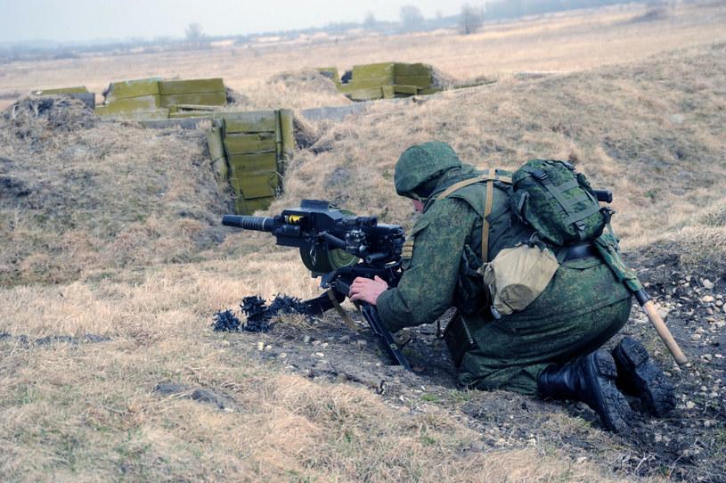 Poligon wojskowy w Obwodzie Kaliningradzkim, na zdjęciu rosyjski żołnierz, fot. ilustracyjna /Wojtek Laski /East News