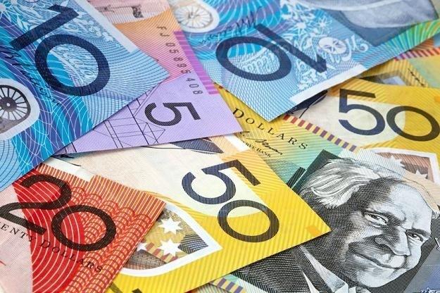 Polimerowe banknoty z Australii /123RF/PICSEL