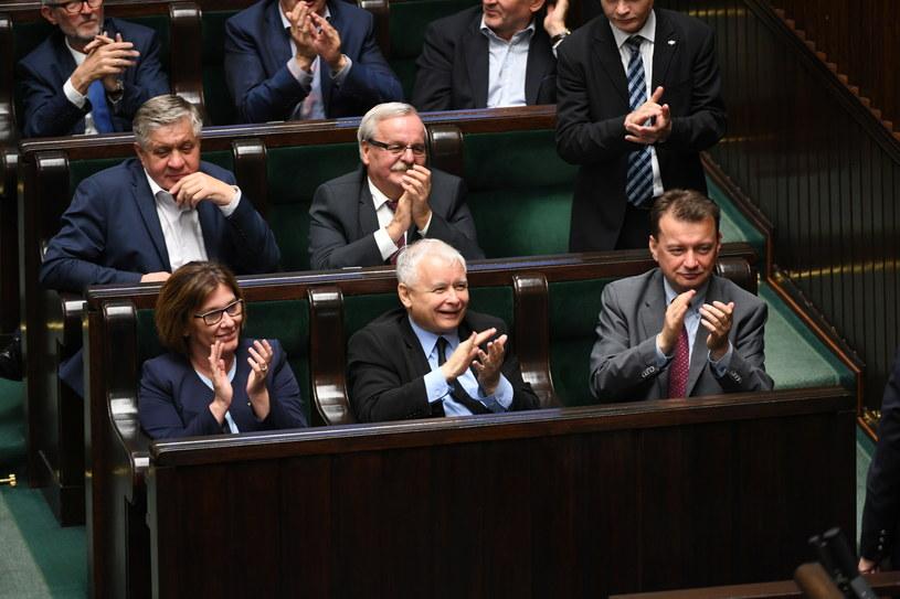 Politycy PiS w Sejmie /Bartłomiej Zborowski /PAP