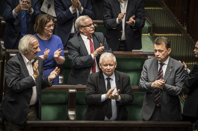 Politycy PiS w Sejmie /Jacek Dominski/REPORTER /East News