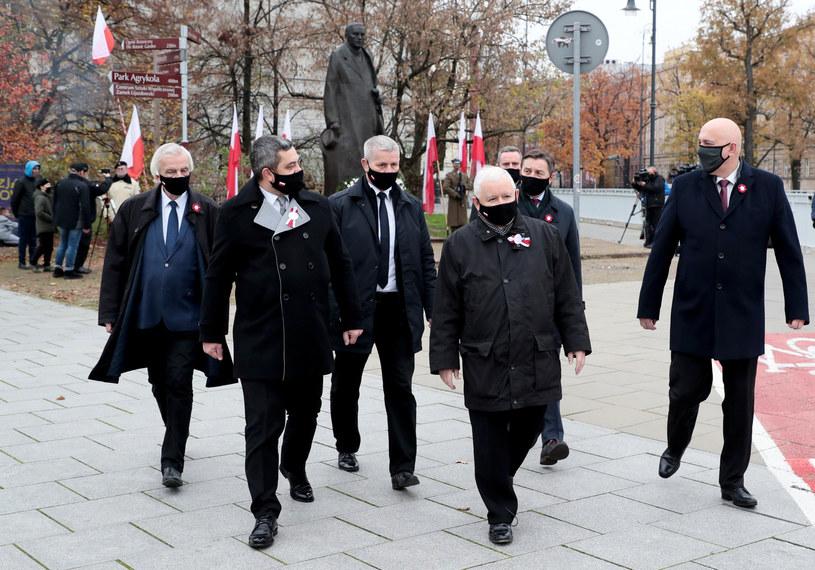 Politycy PiS, w tym Jarosław Kaczyński /Piotr Molecki/East News /East News