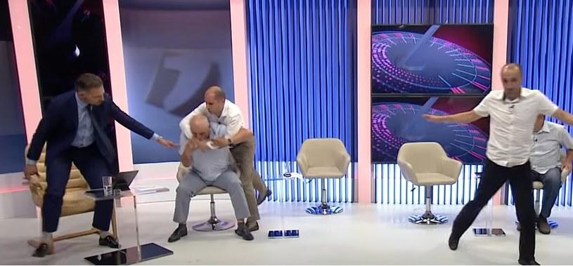 Politycy pobili się podczas programu na żywo /JurnalTV.md/Facebook screen /facebook.com