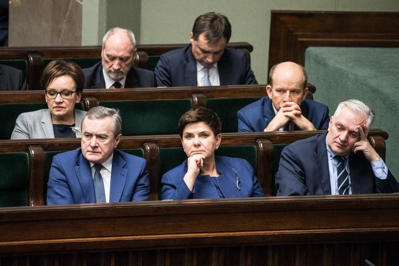 Politycy podczas expose Mateusza Morawieckiego w Sejmie /Aleksandra Szmigiel /Reporter