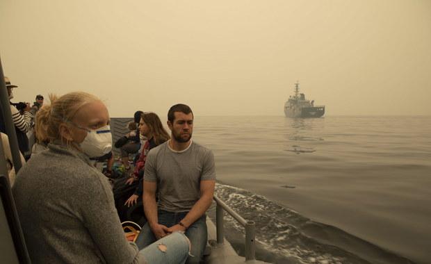 Polka mieszkająca w Australii: W Sydney ludzie mają trudności z oddychaniem. Pracodawcy rozdają maski