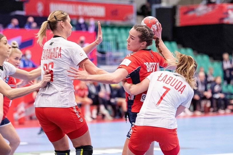 Polki podczas meczu z Norwegią /AFP