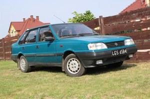 Polonez Atu. Polacy czekali na to auto 20 lat. Potem je wyśmiali!