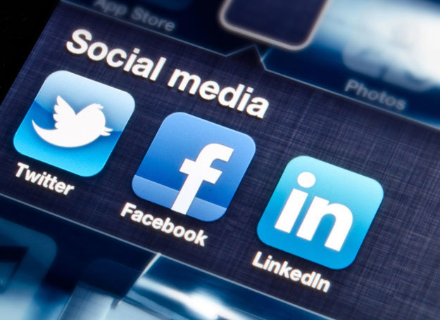 Połowa badanych sądzi, że media społecznościowe wpłynęły na kanony piękna /123RF/PICSEL
