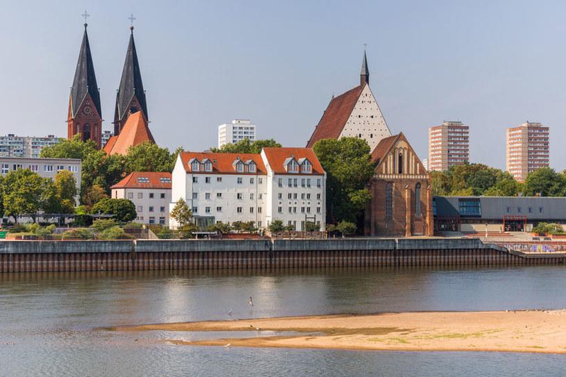 Położony nad Odrą Frankfurt to znakomity cel na weekendową wycieczkę /123RF/PICSEL