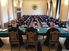 Polscy biskupi jadą do Watykanu. Wizyta ad limina Apostolorum