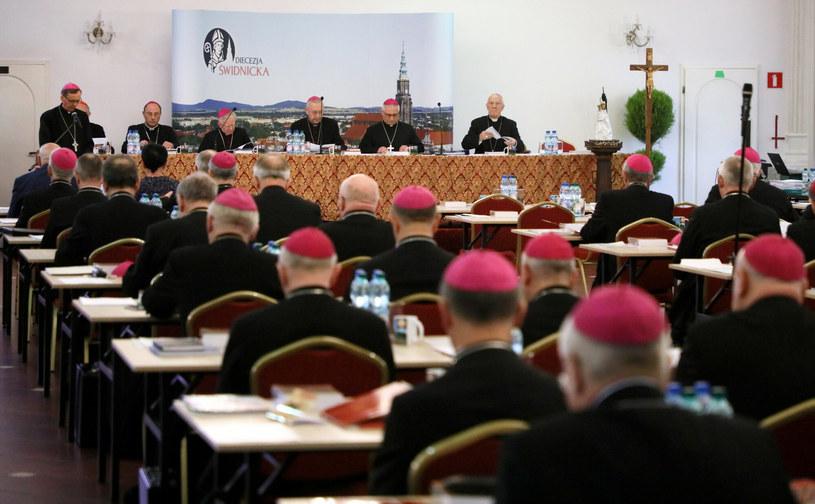Polscy biskupi podczas zebrania plenarnego KEP, zdjęcie ilustracyjne /Piotr Molecki /East News
