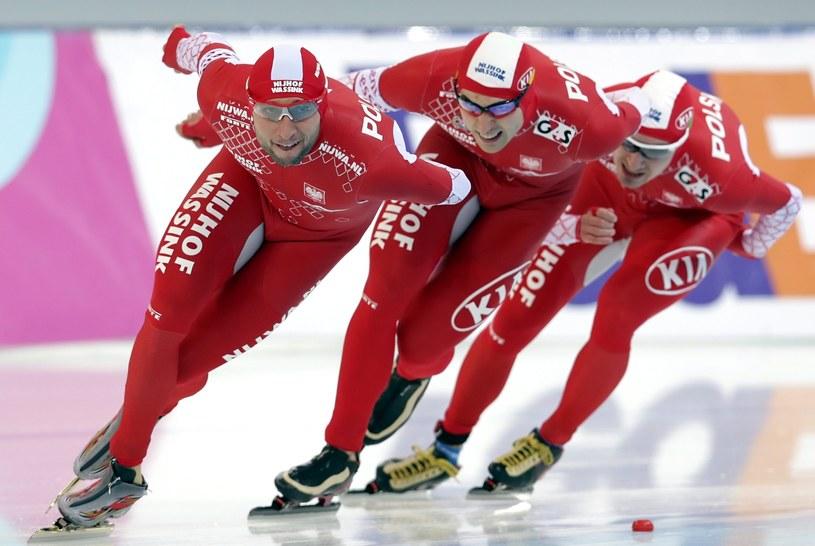 Polscy brązowi medaliści MŚ łyżwiarzy szybkich /PAP/EPA