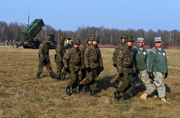 Polscy i amerykańscy żołnierze podczas wspólnych ćwiczeń w Sochaczewie /AFP