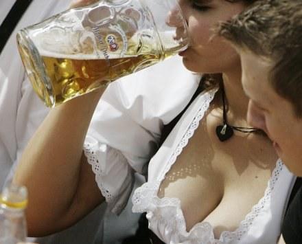 Polscy kibice muszą obejść się smakiem /AFP