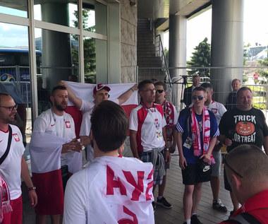 Polscy kibice przywitali reprezentację w Kazaniu. Wideo