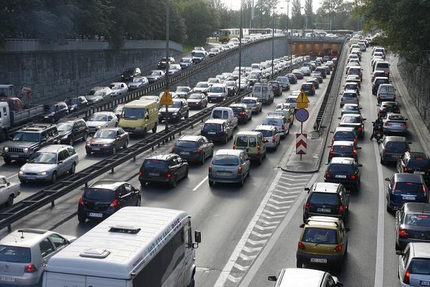 Polscy kierowcy jeżdżą bezmyślnie i powodują korki / Fot: Zbyszek Kaczmarek /East News