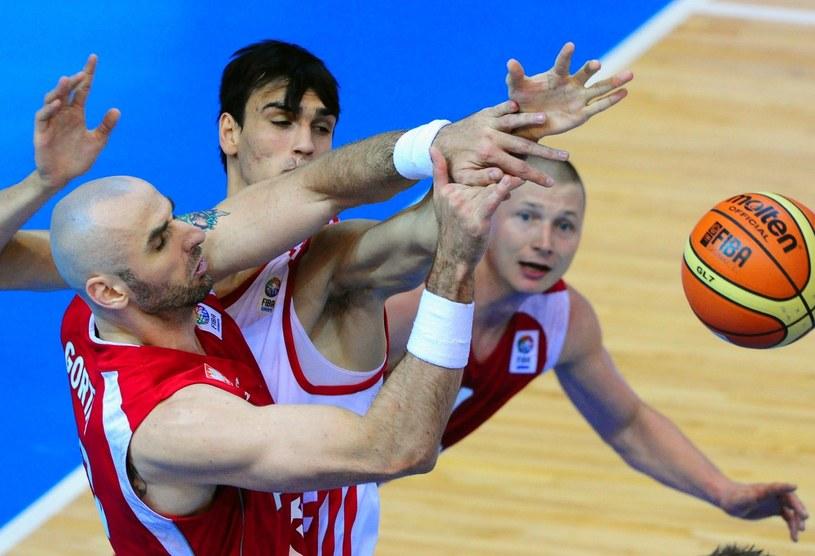 Polscy koszykarze podczas ostatniego EuroBasketu /AFP