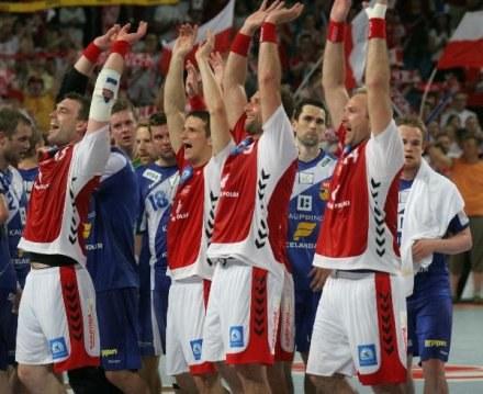 Polscy piłkarze fetują awans, fot: Adam Jastrzębowski /Agencja Przegląd Sportowy