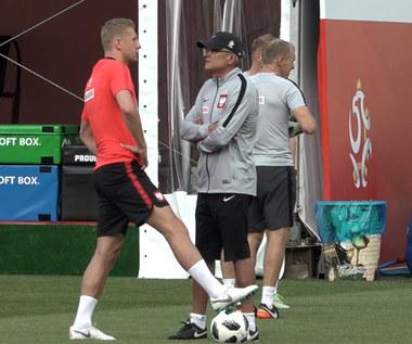 Polscy piłkarze trenują po porażce z Kolumbią. Wideo