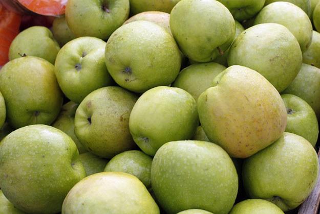 Polscy producenci jabłek najbardziej skorzystają z unijnej pomocy fot. Matthieu Alexandre /AFP