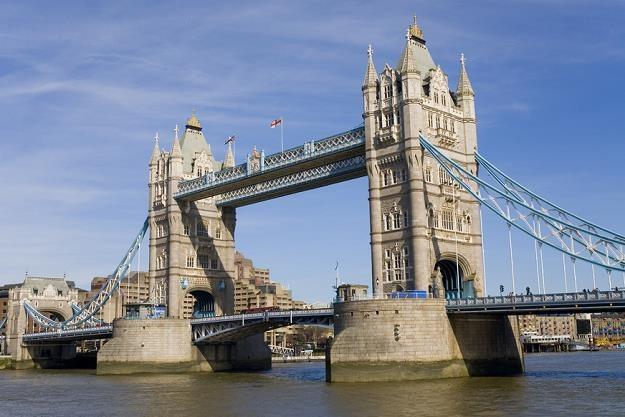 Polscy przedsiębiorcy obawiają sie brexitu. Na zdjęciu Tower Bridge w Londynie /poboczem.pl