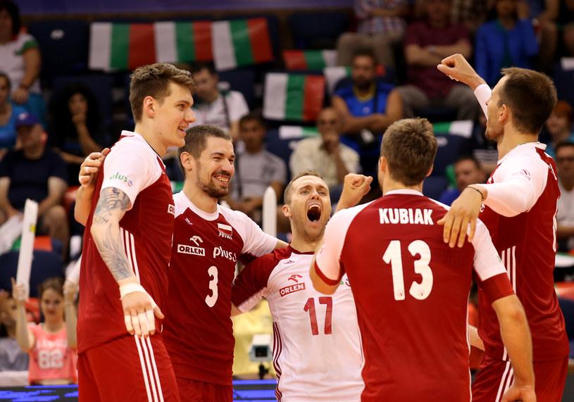 Polscy siatkarze liczą się w walce o awans do Final Six Ligi Światowej /www.fivb.org