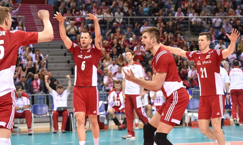 Polscy siatkarze podczas meczu z Belgią /Jacek Bednarczyk /PAP