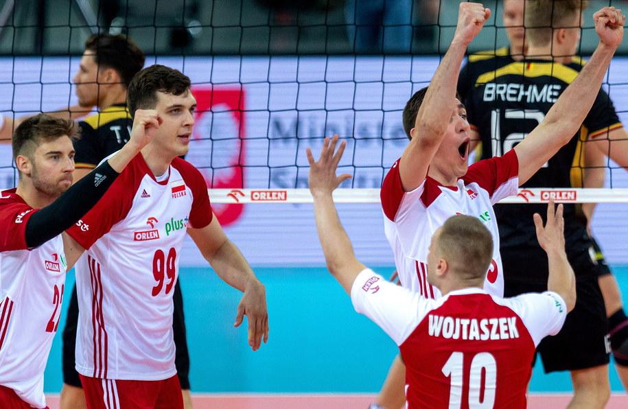 Polscy siatkarze pokonali reprezentację Niemiec 3:0 / Andrzej Grygiel    /PAP