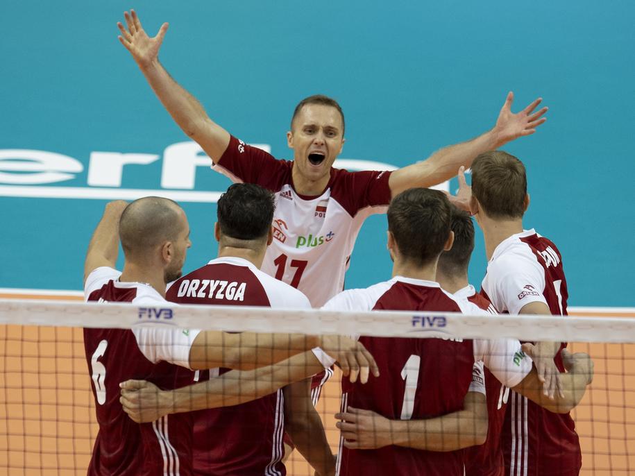 Polscy siatkarze w czasie meczu z Finlandią /VASSIL DONEV /PAP/EPA