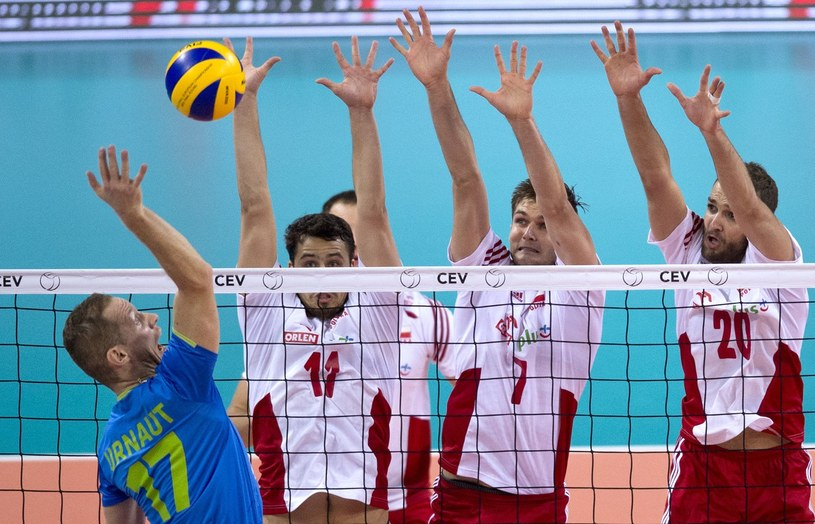 Polscy siatkarze w meczu ze Słowenią na ME /AFP