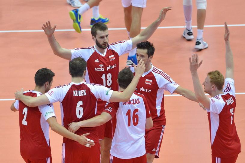 Polscy siatkarze wciąż mają szansę na awans do turnieju finałowego Ligi Światowej /Fot. Adam Warżawa /PAP