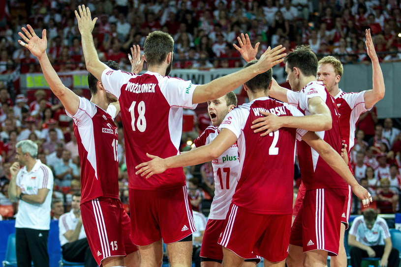 Polscy siatkarze wciąż mają szansę na awans do turnieju finałowego Ligi Światowej /Fot. Maciej Kulczyński /PAP