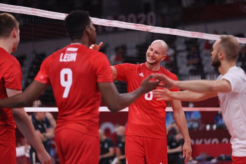 Polscy siatkarze wygraną nad Włochami poprawili humory sobie i kibicom / PAP/Leszek Szymański /PAP