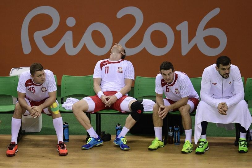 Polscy szczypiorniści załamani po meczu z Niemcami /AFP