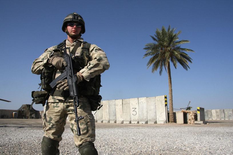 Polscy żołnierze już od kilkunastu lat stacjonują w Iraku /KAROL PACZESNY/REPORTER /East News