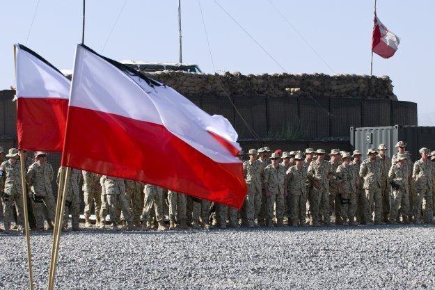 Polscy żołnierze w Afganistanie / fot. Adam Roik /Combat Camera