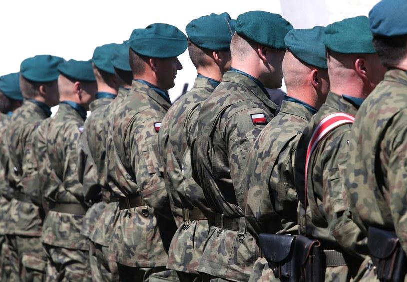 Polscy żołnierze, zdj. ilustracyjne /MONKPRESS /East News