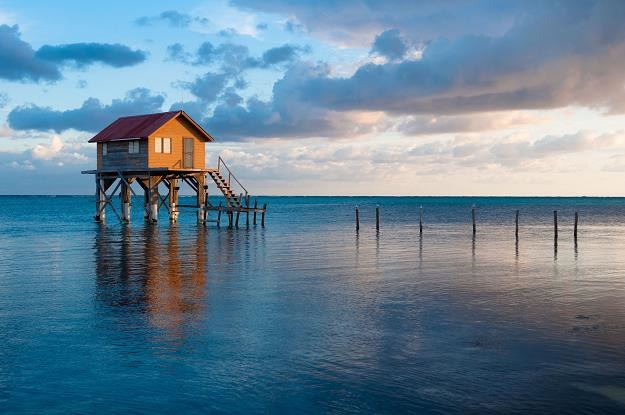 Polska będzie wymieniać informacje podatkowe z Bahamami i Belize (na zdjęciu) /©123RF/PICSEL