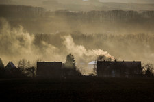 Polska dusi się w smogu. Lepiej nie wychodzić na zewnątrz