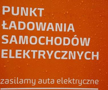 Polska elektromobilność pełznie...