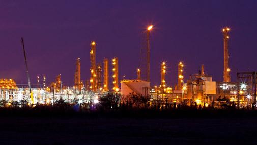 Polska energetyka może zostać odcięta od potężnego strumienia pieniędzy