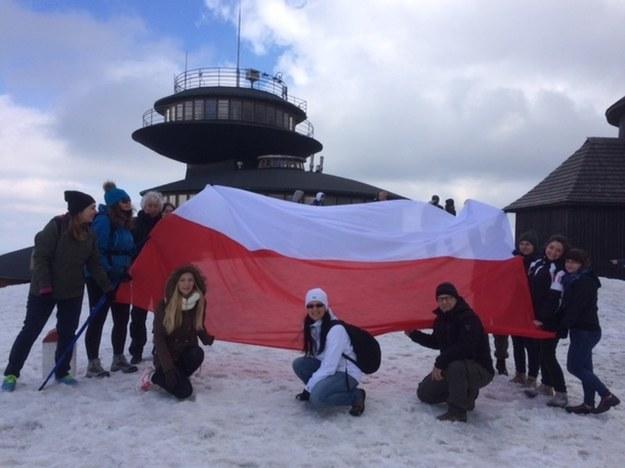 Polska flaga na Śnieżce /RMF FM
