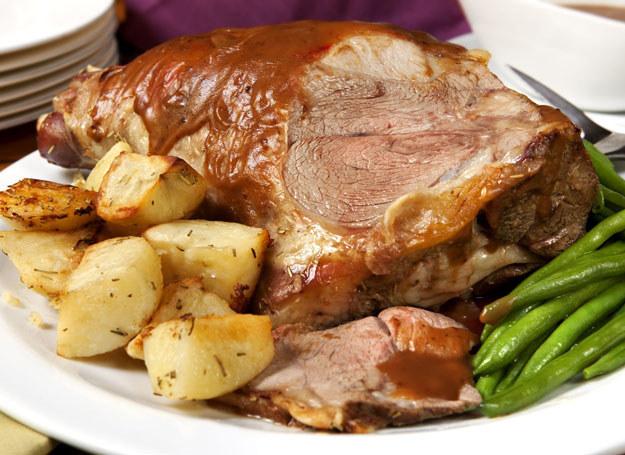 Polska kuchnia najczęściej kojarzy się z tłustymi mięsami i mącznymi daniami /123RF/PICSEL